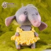Слонёнок Молли